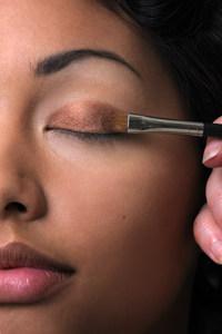 Metallic oogschaduw