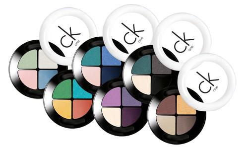 Powder eyeshadow quad