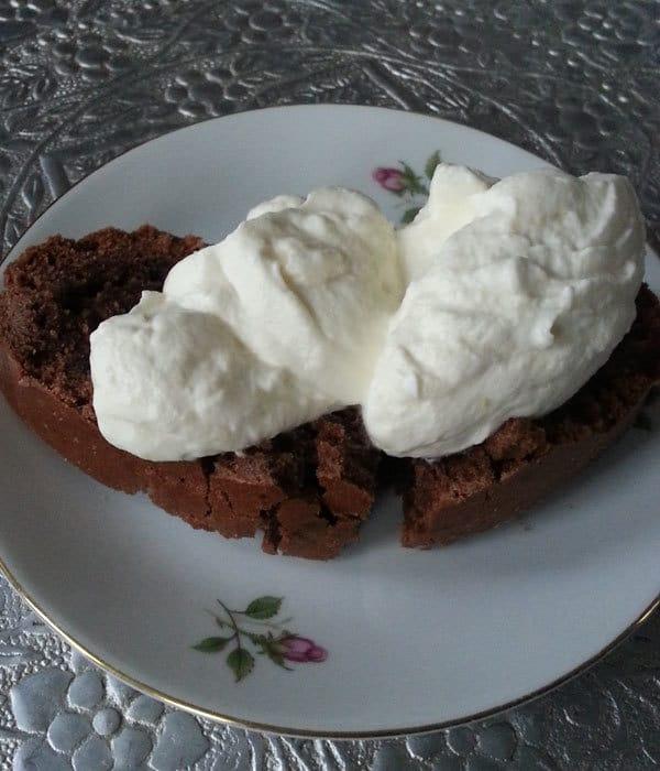 chocoladecake bakken