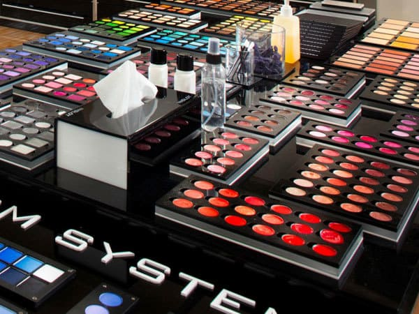 INGLOT Cosmetics in Rotterdam