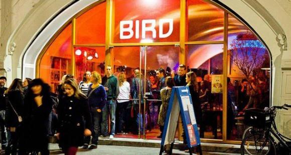 Club Bird: naaldhakkenrace