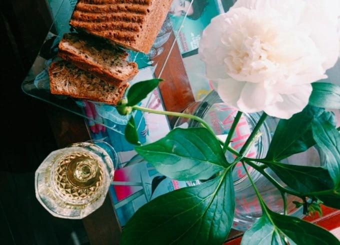 Weg met je broodbuik: eet amandelmeelbrood!