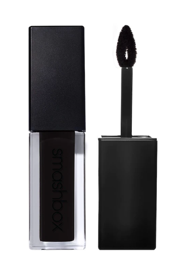 4 Tips om er GEWELDIG uit te zien met zwarte lippenstift!