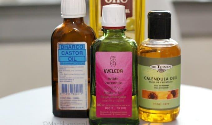 Haargroei stimuleren met een hot oil treatment van calendula olie en rozenolie