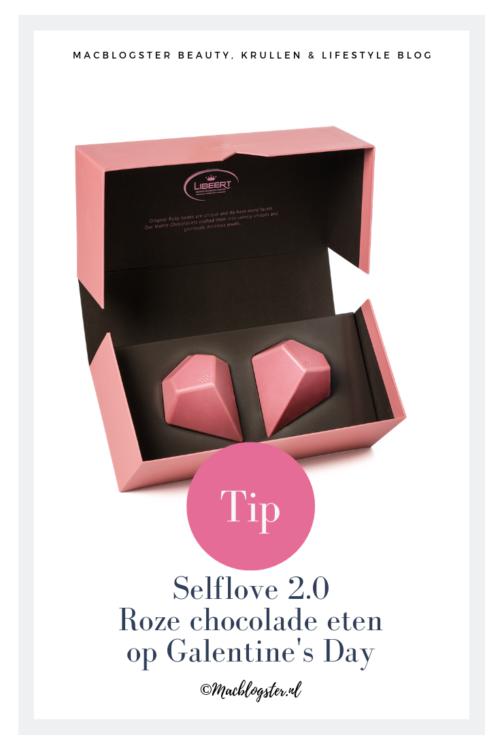 Selflove 2.0: roze chocolade eten op Galentine's Day